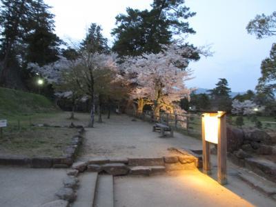 春の松江城