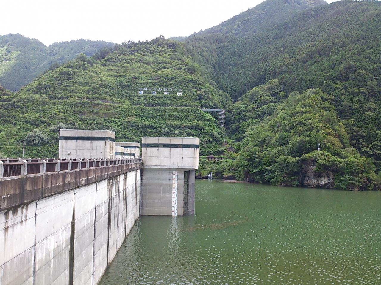 『四国中央市の水瓶です。』by すさんさん|富郷ダムのクチコミ ...