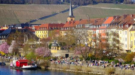 春のおとずれ ヴュルツブルグ