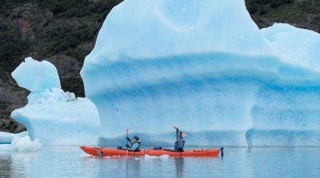 3月21日 カヤックで氷河をめぐる