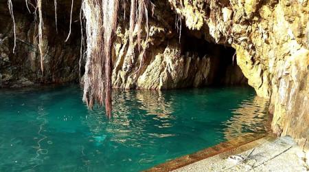 春の四国めぐり5日間 700kmのドライブ � 足摺岬の神秘の洞窟