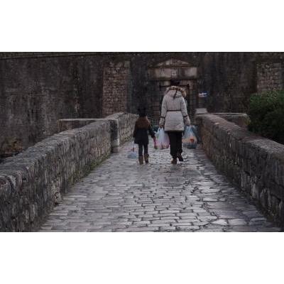 コトル北の門への 石橋