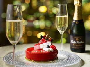 【クリスマスケーキとシャンパンでお祝い】TOKYO NOEL 写真