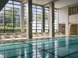 プラネタリウムに体育館にプール!ファミリーで楽しむ夏休み 写真