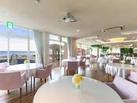 海の見えるレストランで「6種の厳選食材フルコースディナー」