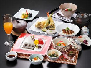 徳川家康公ゆかりの料理を満喫!浜松出世城御膳デラックス 写真