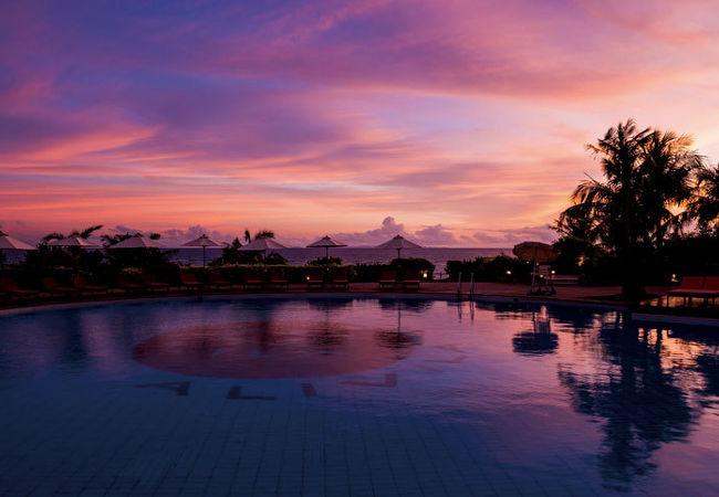 ホテル日航アリビラ 写真