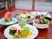 夏の風物詩 京料理さつき 鴨川納涼床プラン ■夕・朝食付■