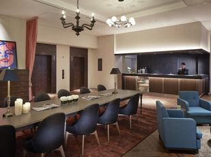 ホテルでの朝食ブッフェ付き「コートヤード・ステイ」 写真