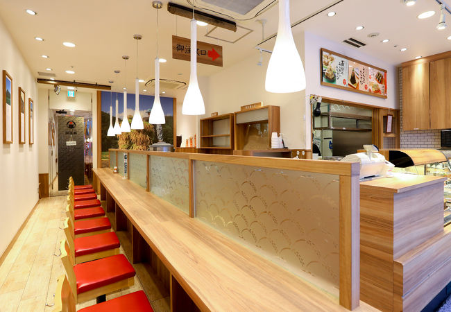 アパホテル<神田神保町駅東> 写真