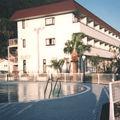 写真:新島グランドホテル <新島>