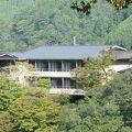 写真:もみぢ家本館 高雄山荘