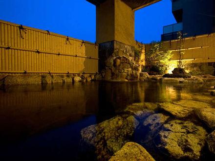 三翠園 写真