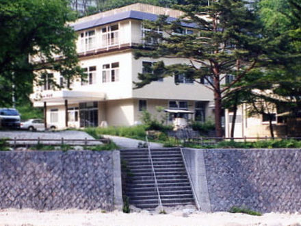川俣温泉 国民宿舎 渓山荘 写真