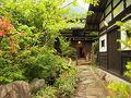山里のいおり 草円 写真