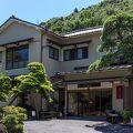 箱根湯本温泉 庭園露天を味わう宿 湯さか荘 写真