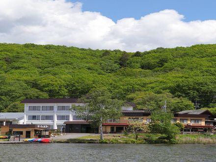 白樺湖畔の温泉宿 君待荘 写真