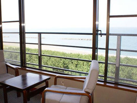 鵜の浜温泉 ロイヤルホテル小林 写真