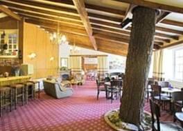 New Helvetia Hotel 写真