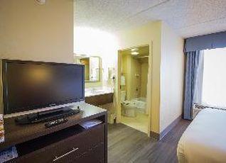 ホリデイ イン エクスプレス ホテル&スイーツ オースティン エアポート 写真