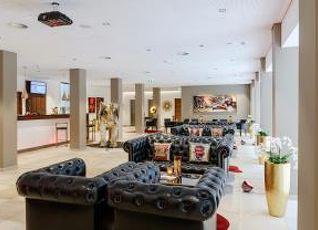 アメディア プラザ ドレスデン ホテル 写真