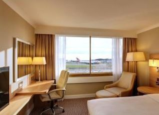 ルネッサンス ヒースロー ホテル 写真