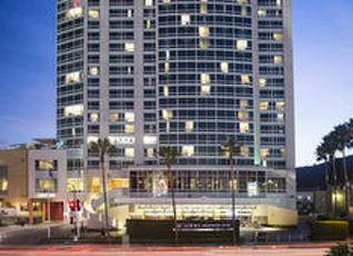ロウズ ハリウッド ホテル 写真