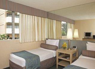 アクア アロハ サーフ ワイキキ ホテル 写真