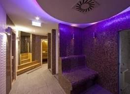 トゥー ウェルネス ホテル 写真