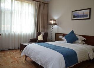 ソリュクス ホテル ニアメ 写真