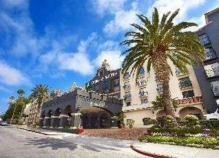 エンバシー スイーツ エル スグンド ホテル 写真
