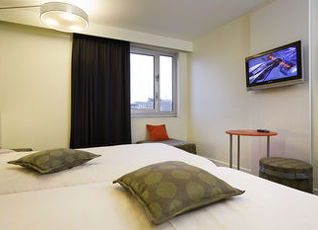 イビス スタイルズ パリ ガル ドゥ レスト シャトー ランドン ホテル 写真