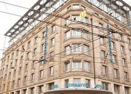 ホテル コルナヴィン 写真