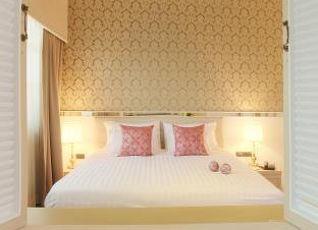 ザ ラヤ スラウォン ホテル 写真