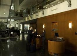 デルタ ホテルズ バンクーバー ダウンタウン スイーツ 写真