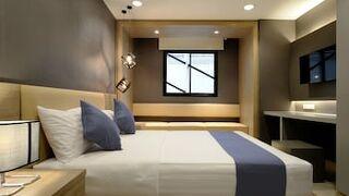 プラトゥーナム 19 ホテル