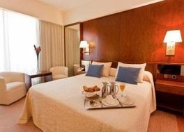 ロイヤル プラザ ホテル 写真