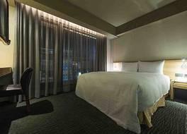 シンプル+ ホテル 写真