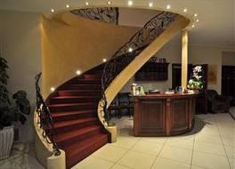 スフィンクサス ホテル