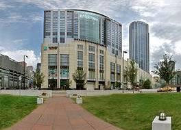 エンバシー スイーツ シカゴ ダウンタウン マグニフィセント マイル 写真