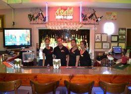 ウエスト プラザ マラカル ホテル 写真