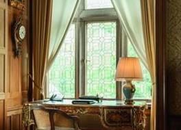 シュロスホテル クロンベルク 写真