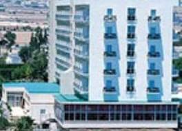 ロードス ビーチ ホテル