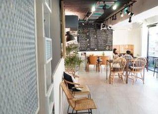 ニーハオ カフェ ホテル 写真