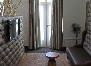 ホテル ロイヤル ブリッジズ 写真