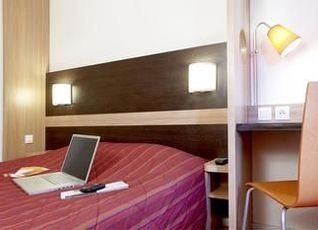ホテル B&B ル マン サントル 写真