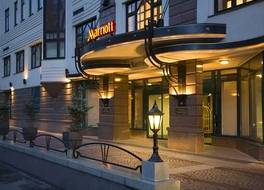 モスクワ マリオット トヴェルスカヤ ホテル 写真