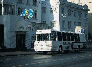 バークレイ ホテル 写真