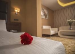 ダイヤモンド ホテル 写真