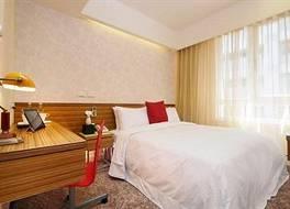 ザ ゴールデン ホテル 写真